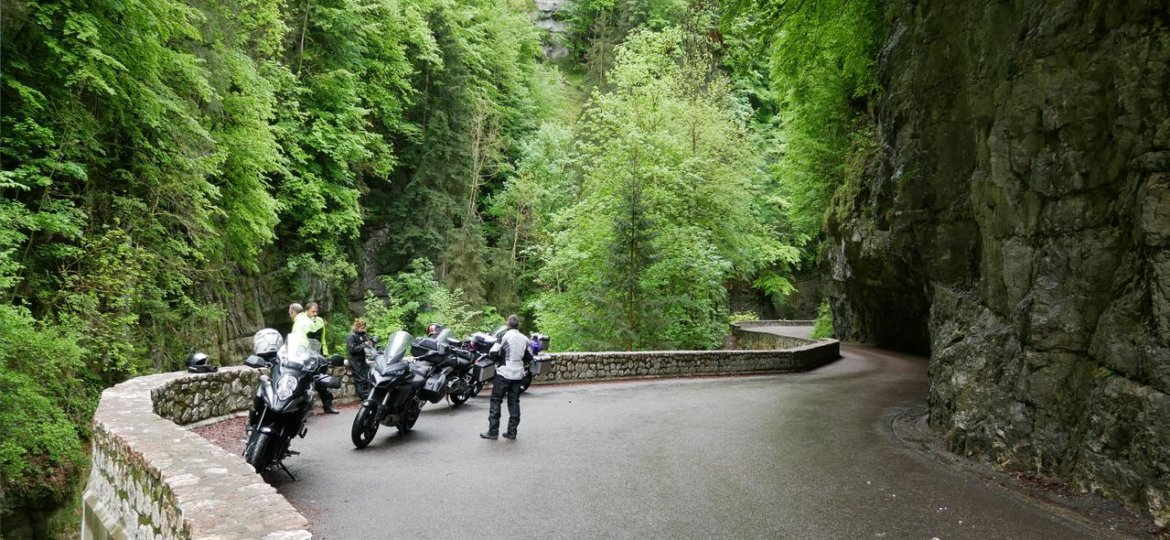 route des grandes alpes motorcycle tour rental the french ride. Black Bedroom Furniture Sets. Home Design Ideas