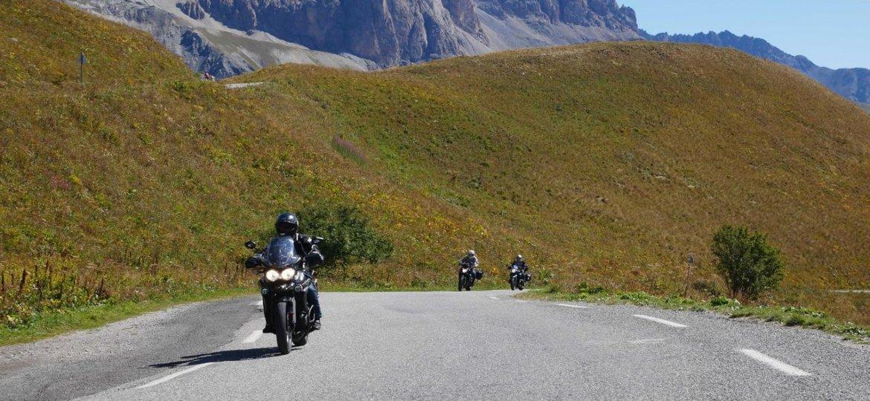 route des grandes alpes moto road trip roadbook itin raire moto. Black Bedroom Furniture Sets. Home Design Ideas